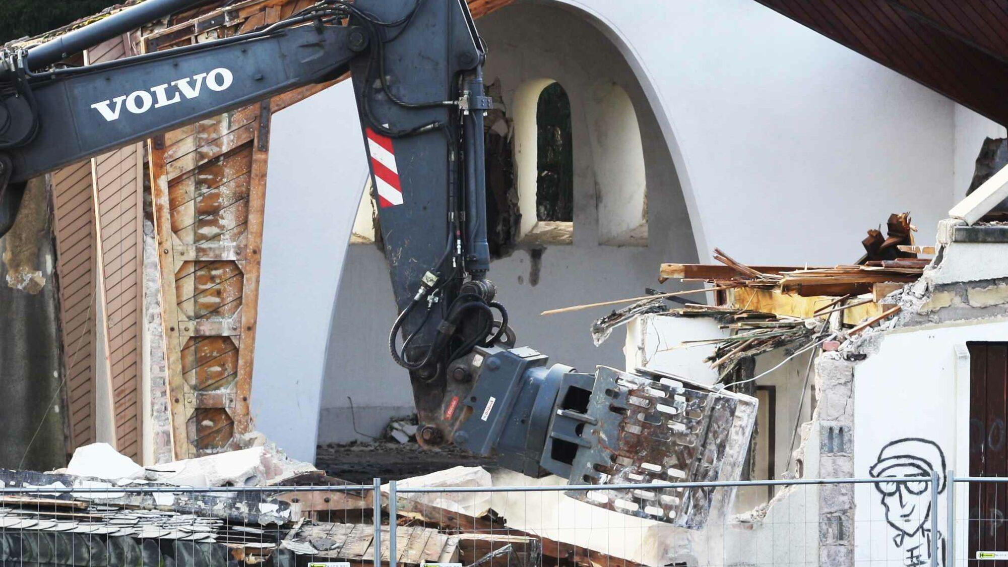 Umwelt-Campus Kirche Abriss