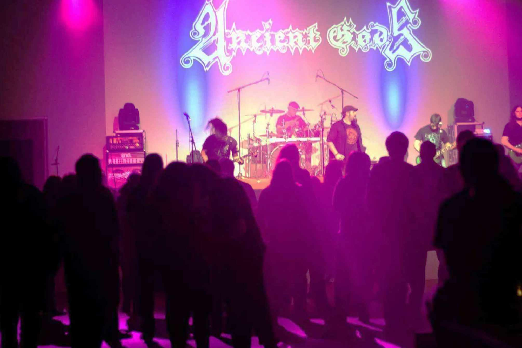 ancient gods 1.Metalnight am campus