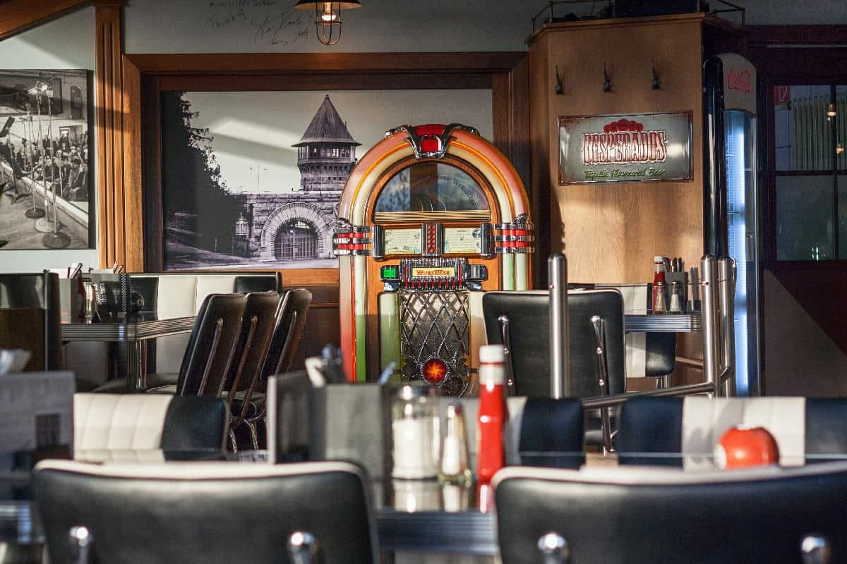 Folsom Prison Diner Jukebox_HeleneNeufeld